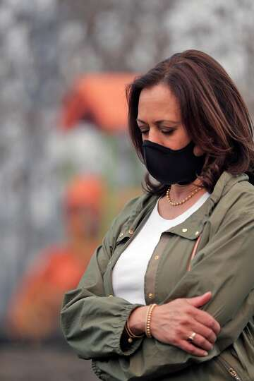 Kamala Harris Sounds Climate Change Alarm From Ruins Of California Fires This Is Not A Partisan Issue Sfchronicle Com
