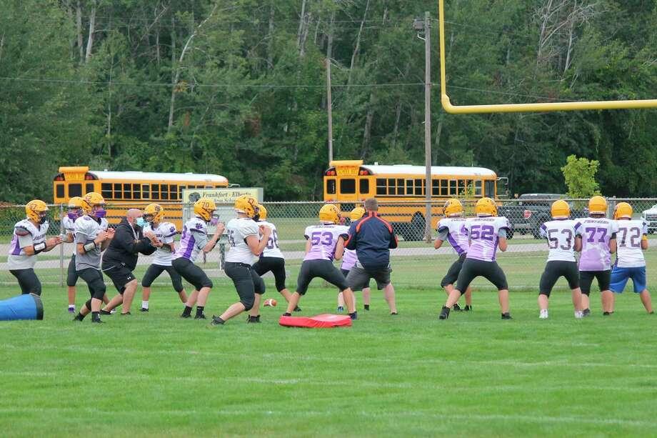 Frankfort's linemen go through drills during a practice last week. (Photo/Robert Myers)