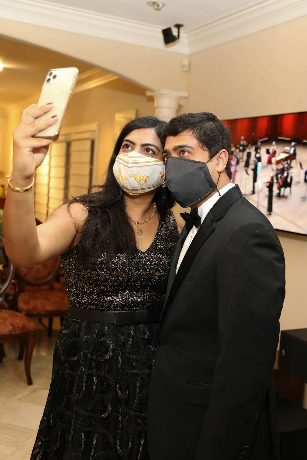 Dr. Ishwaria, Dr. Vivek Subbiah.