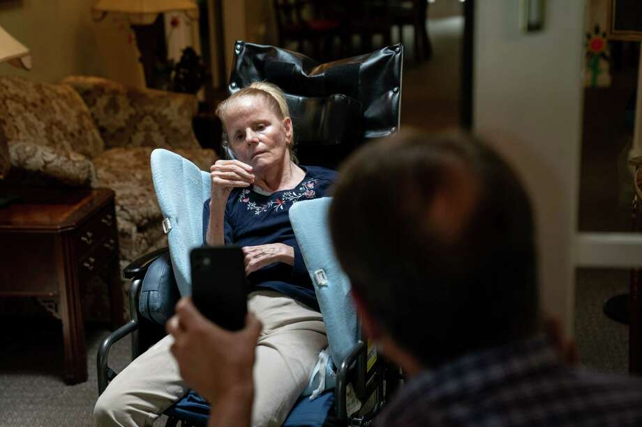 Dan Goerke, 61, visits his wife, Denise, at her assisted living facility in the Sandy Springs suburb of Atlanta on Aug. 5, 2020. Denise was diagnosed with Alzheimer's disease in 2012. Photo: Photo For The Washington Post By Kevin D. Liles / Kevin D. Liles