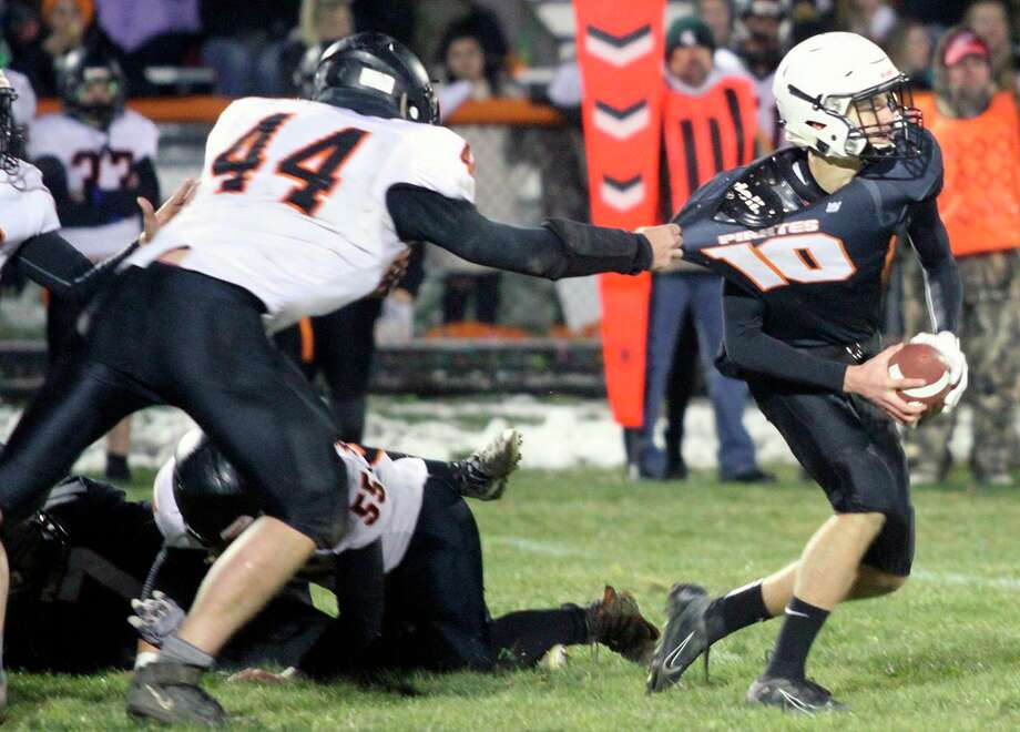 Can't attend Friday's big game pitting Ubly against Harbor Beach in a rematch of last November's district title game because of the coronavirus pandemic? Watch it online. (Tribune File Photo)