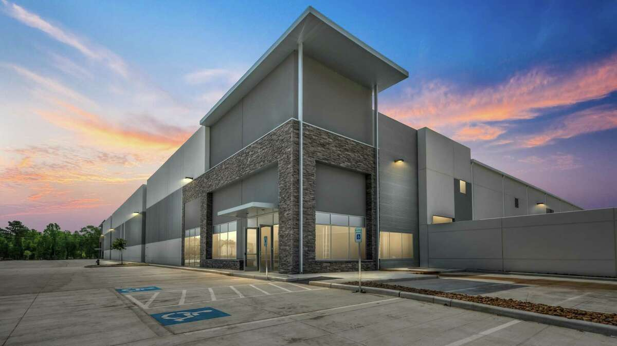 Jackson-Shaw developed Parc Air 59, a 320,000-square-foot, three-building urban industrial development in Humble.