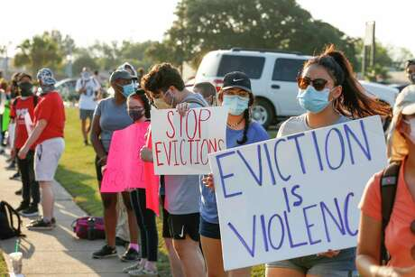 City council should clarify and strengthen the CDC's temporary moratorium on evictions.