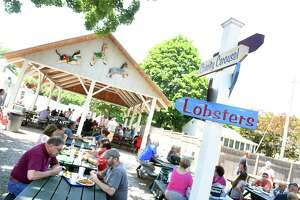 People have lunch at Lenny & Joe's Fish Tale in Madison in 2016.