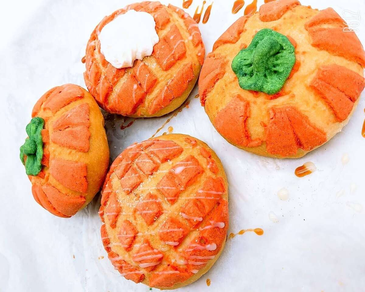 A San Antonio business has found the perfect pairing for pumpkin spice lattes for the upcoming café y pan dulce season - gourmet pumpkin conchas.