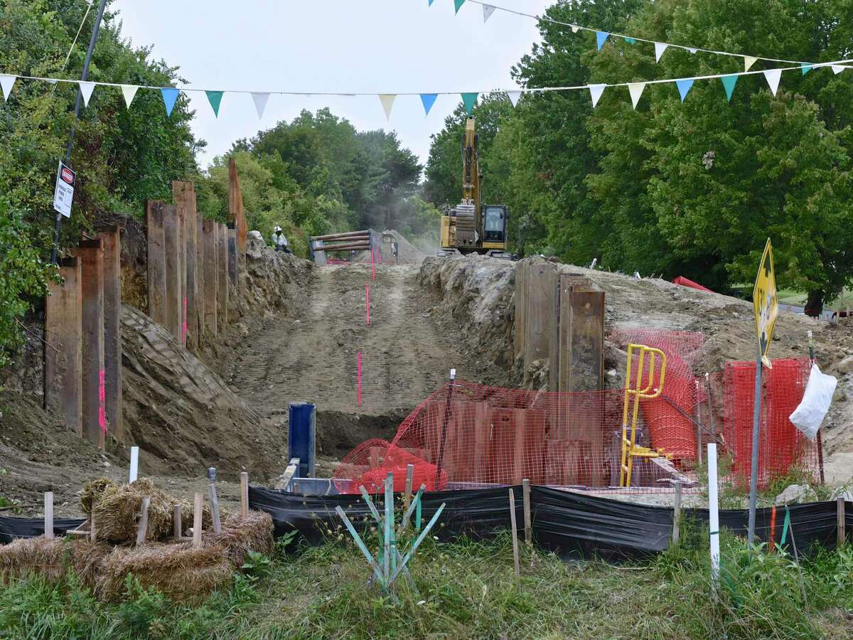 Expansion work in 2017 on the Algonquin Gas Transmission Pipeline in Danbury, Conn. In September 2020, a federal appeals court upheld a lower court's ruling that left in place Eversource's and Avangrid's policies to reserve excess gas supplies as they deem reasonable, despite lawsuits by electric customers that the practice is driving up electricity prices in the wintertime.
