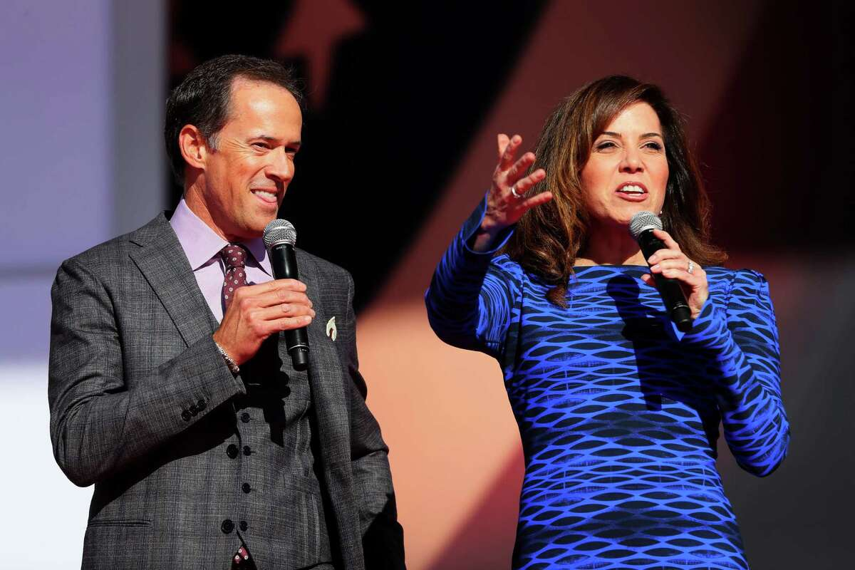 CHASKA, MN - SEPTEMBER 29: Hosts Dan Hicks and Michele Tafoya speak during the 2016 Ryder Cup Opening Ceremony at Hazeltine National Golf Club on September 29, 2016 in Chaska, Minnesota. (Photo by Andrew Redington/Getty Images) ORG XMIT: 672193923