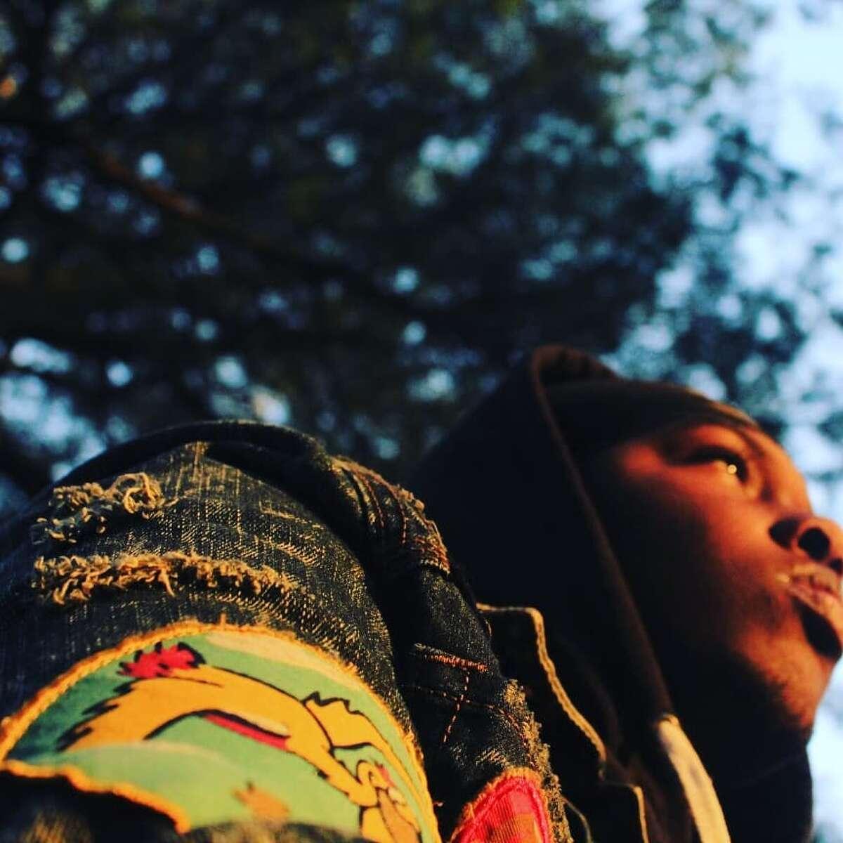 Images from Zanief Washington's Instagram accounts at @yrg_filmworkks and@zanief_youngredhoodie.