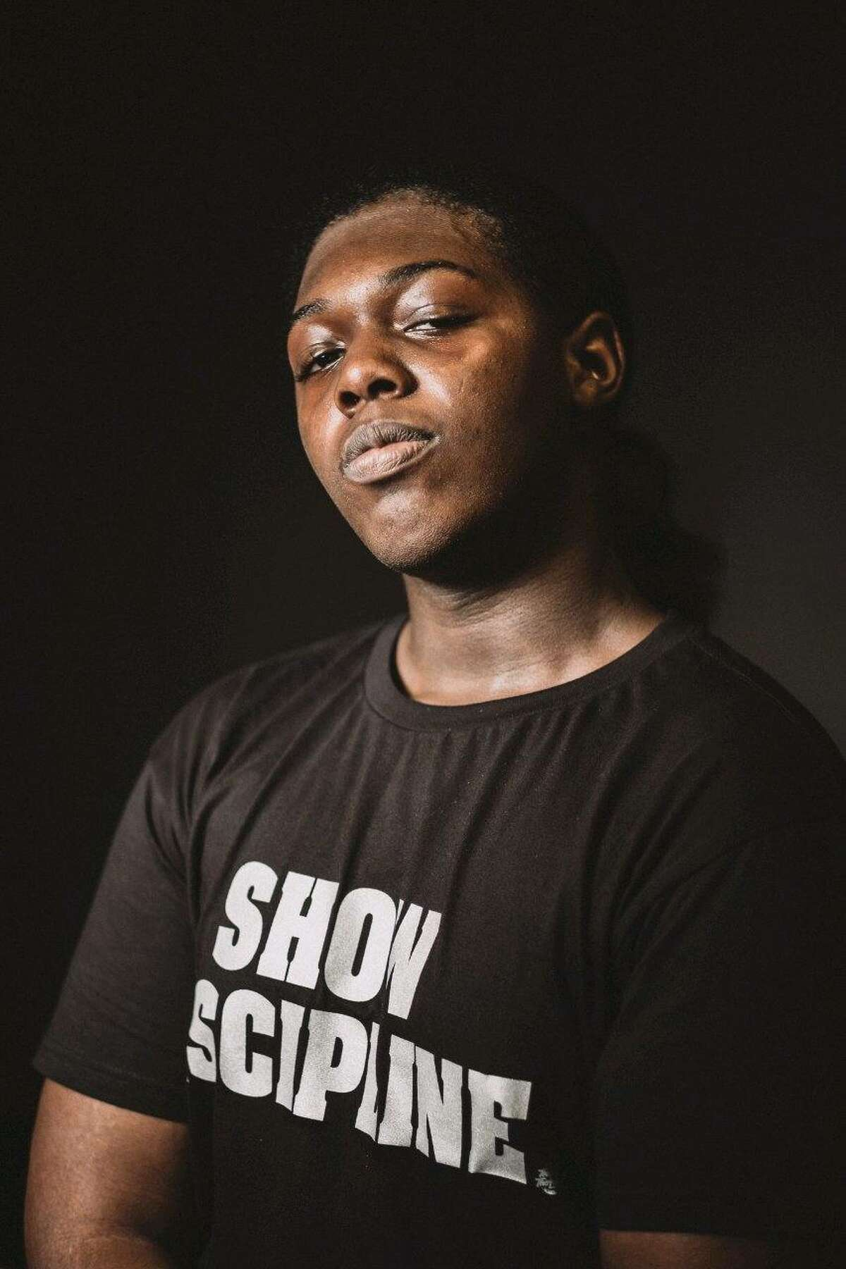 ZaniefWashington aspires to become a professional musician, photographer and artist. His first live performance was at Rocktoberfestin 2019, where he performed his original song,