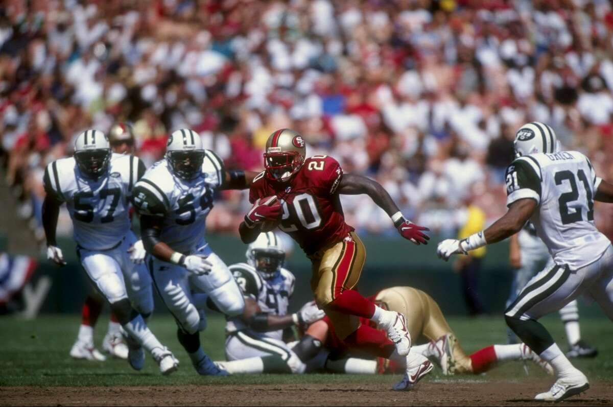 6 Sep 1998: Garrison Hearst #20 of the San Francisco 49ers runs with the ball during a game against the New York Jets at the 3Com Park in San Francisco, California. The 49ers defeated the Jets in overtime 36-30. Mandatory Credit: Otto Greule Jr. /Allspo