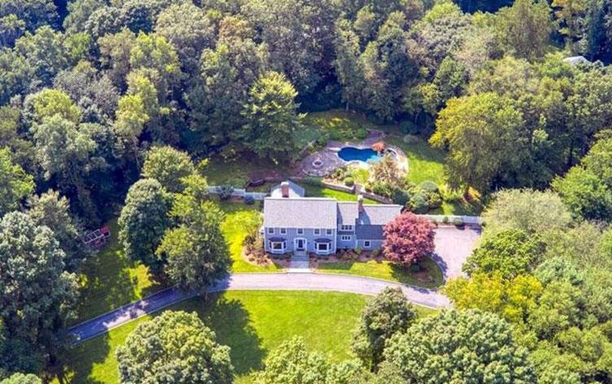 185 Signal Hill Road: Connor R. and Whitney B. Stewart to Danile and Susan White, $1,080,000.