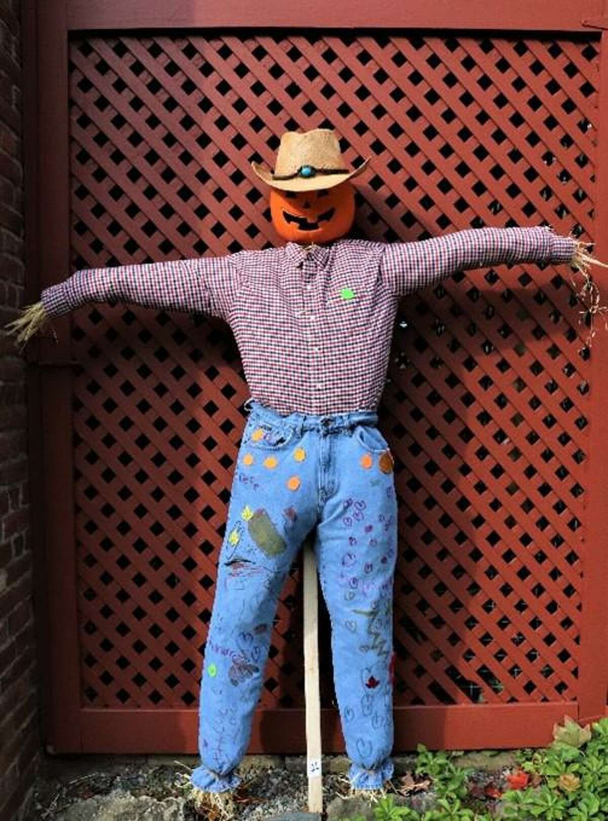 Mr. Pumpkin Head won the 2019 People's Choice vote on Facebook in Keeler Tavern Museum & History Center's 7th annual Scarecrow Contest.