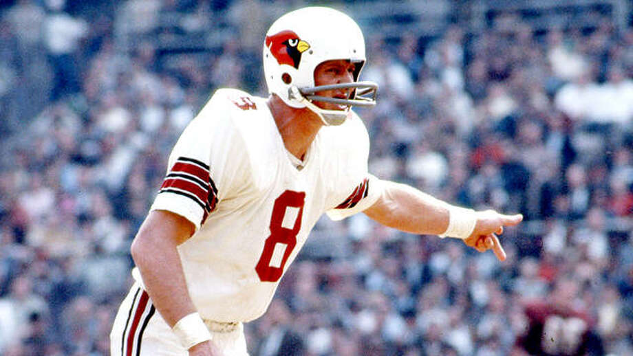 Former St. Louis football Cardinal great and NFL Hall of Famer Larry Wilson has passed away at the age of 82. Photo: AP File Photo