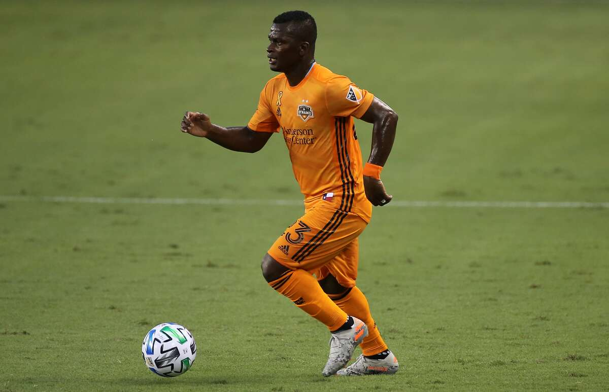 El colombiano Darwin Quintero, en acción con el Dynamo en el BBVA Stadium.