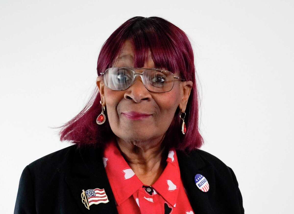 Mary E. Williams, candidate for State Rep 128 (D).