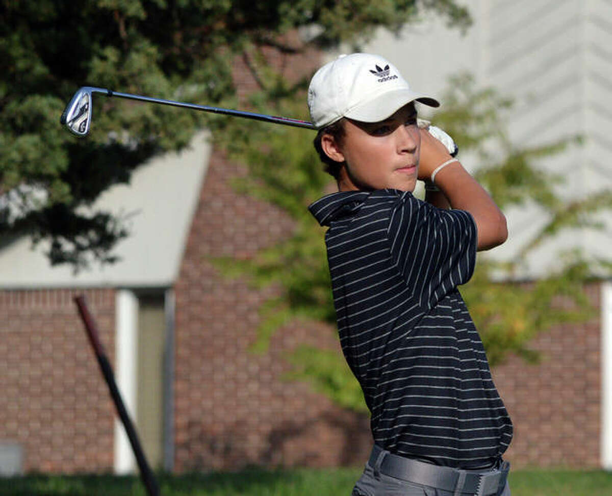 Web gallery - EHS boys golf at O'Fallon Panther Classic
