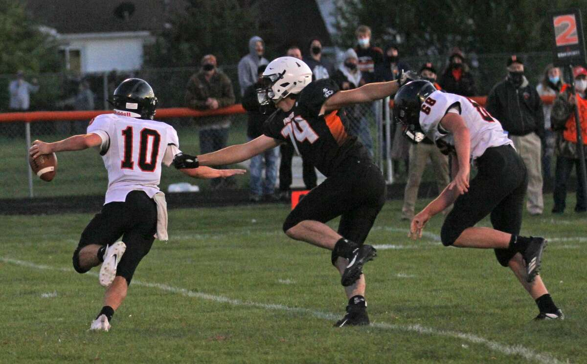 The Harbor Beach Pirates clipped the visiting Ubly Bearcats, 16-14, on Friday night in the opening game of the 2020 season.