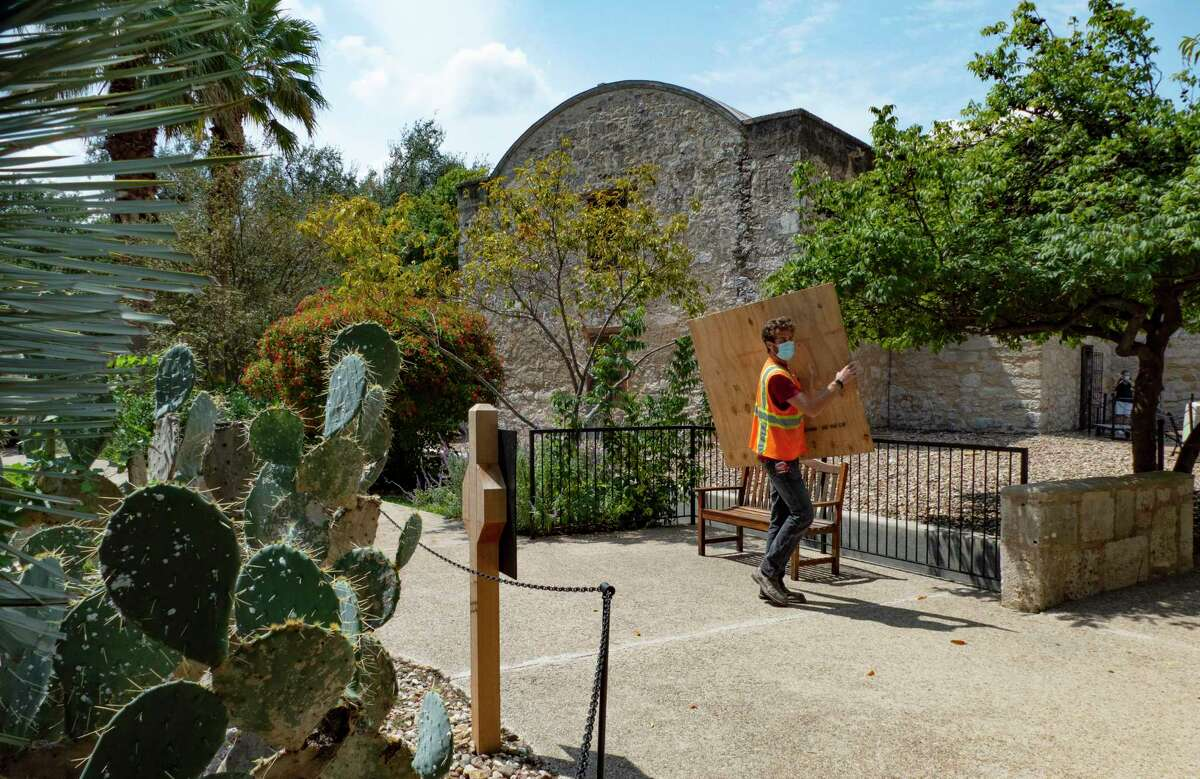 Ongoing maintenance work occurs Thursday on the Alamo grounds. The shrine is visited by 1.6 million people annually.