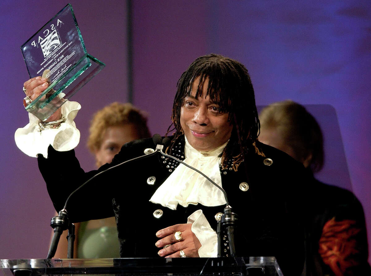 ** FILE ** Musician Rick James accepts the Rhythm and Soul Heritage Award at the American Society of Composers, Authors and Publishers Awards in Los Angeles, in this June 28, 2004 file photo. James died Friday, Aug. 6, 2004, at his home in Los Angeles of natural causes. (AP Photo/Matt Sayles, File)