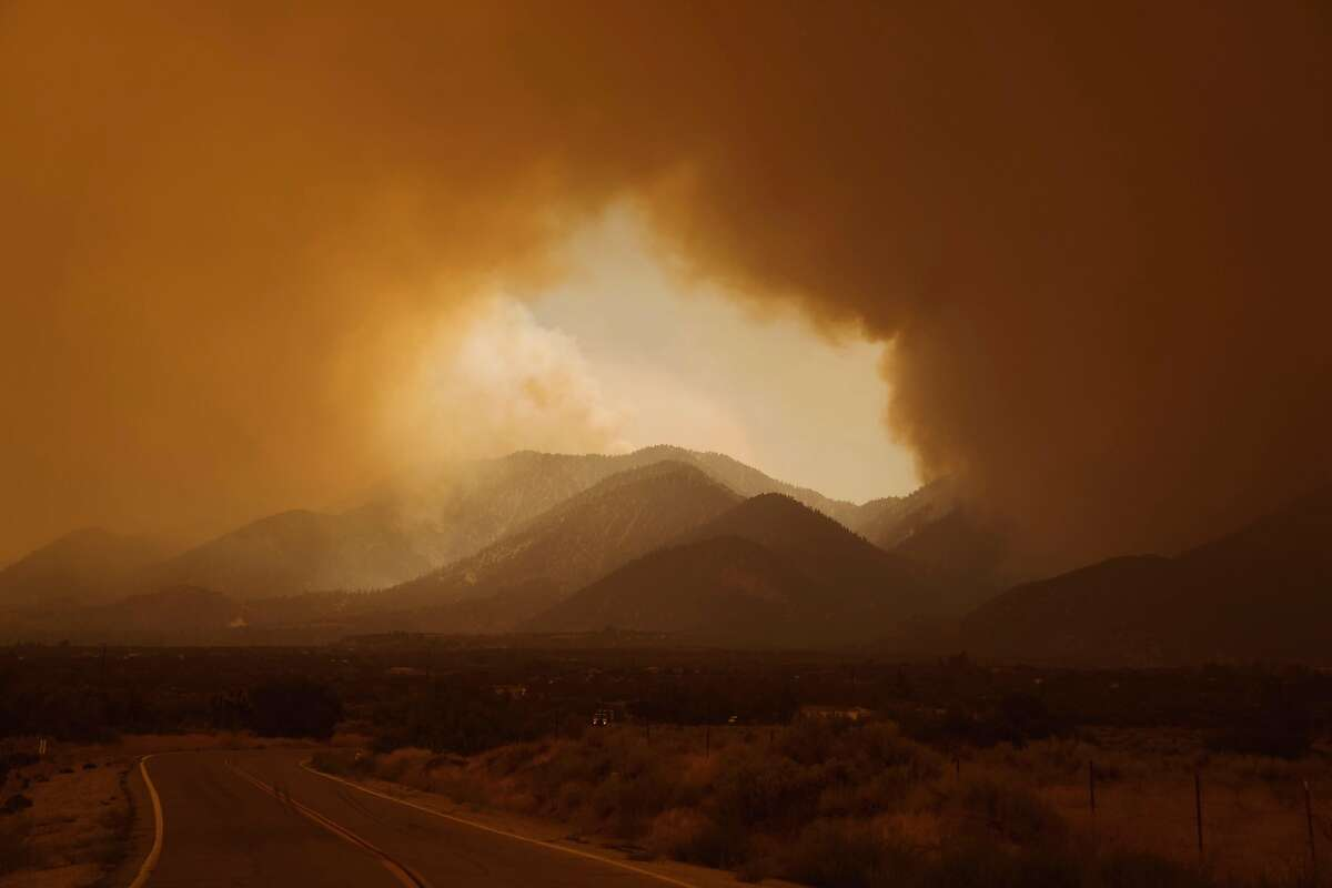 The Bobcat fire in Juniper Hills, Calif., Sept. 17, 2020. The same manufactured landscapes that have enabled California�s tremendous growth, building the state into a $3 trillion economy that is home to one in 10 Americans, have also left it more exposed to climate shocks, experts say. (Eric Thayer/The New York Times)