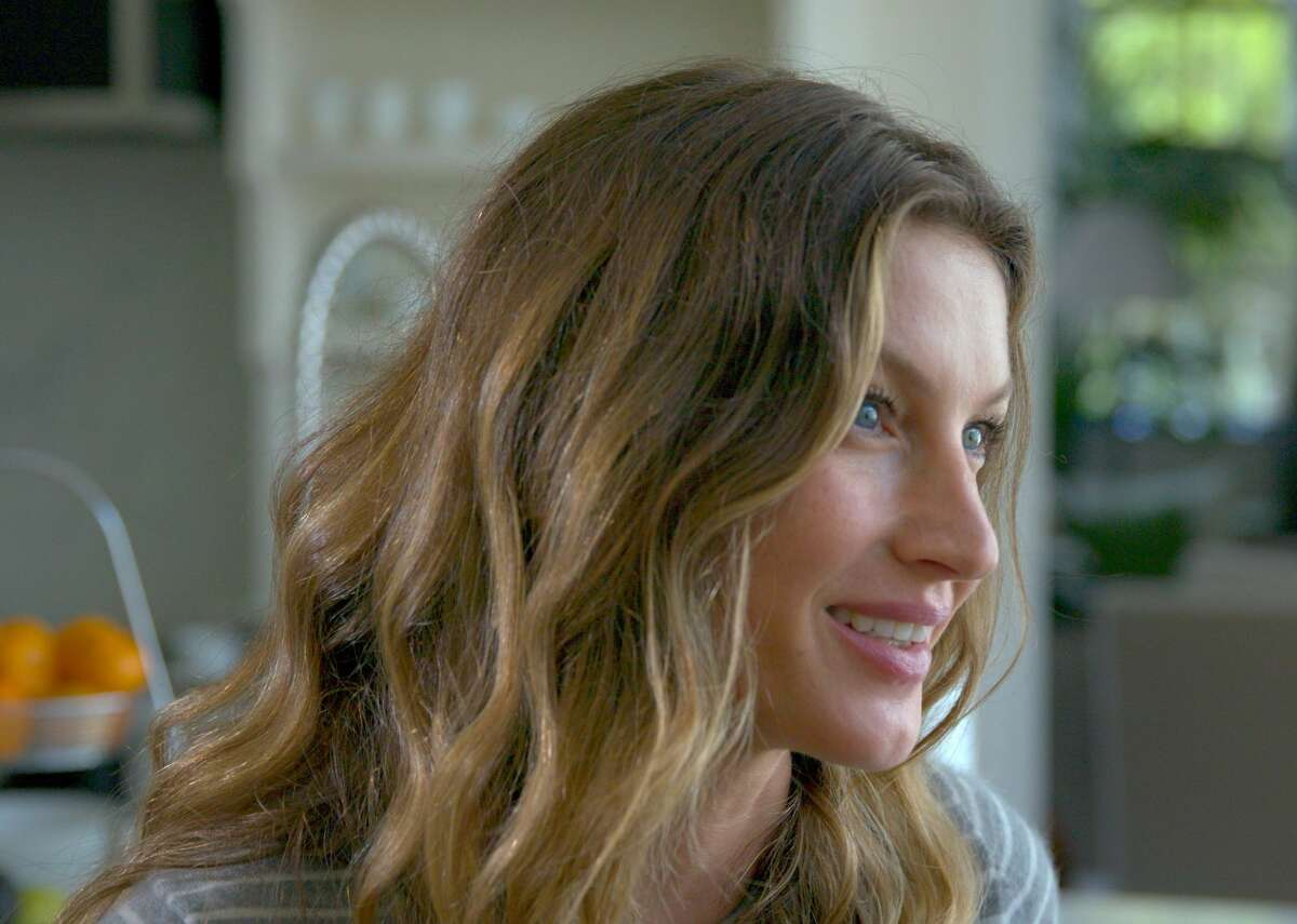 Model and activist Gisele Bundchen talks about the nutrient-rich diet that she and husband Tom Brady follow and the importance of healthy soil.
