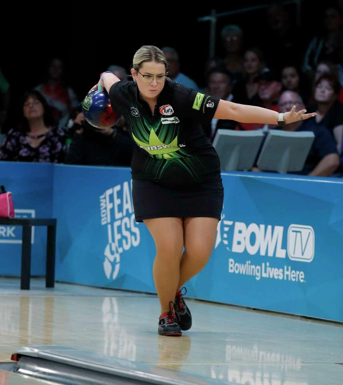 Liz Kuhlkin of Rotterdam, in action during the 2019 PWBA season. (PWBA photo)