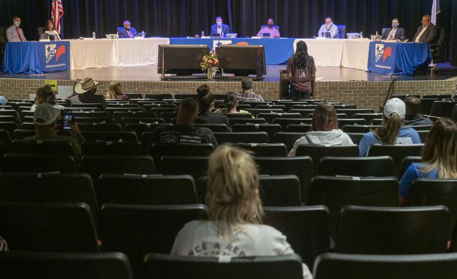 FILE PHOTO: Members of the MISD school board listen during the open forum 09/21/2020 at the school board meeting in Bowie Fine Arts Performing Arts Center. Tim Fischer/Reporter-Telegram Photo: Tim Fischer/Midland Reporter-Telegram