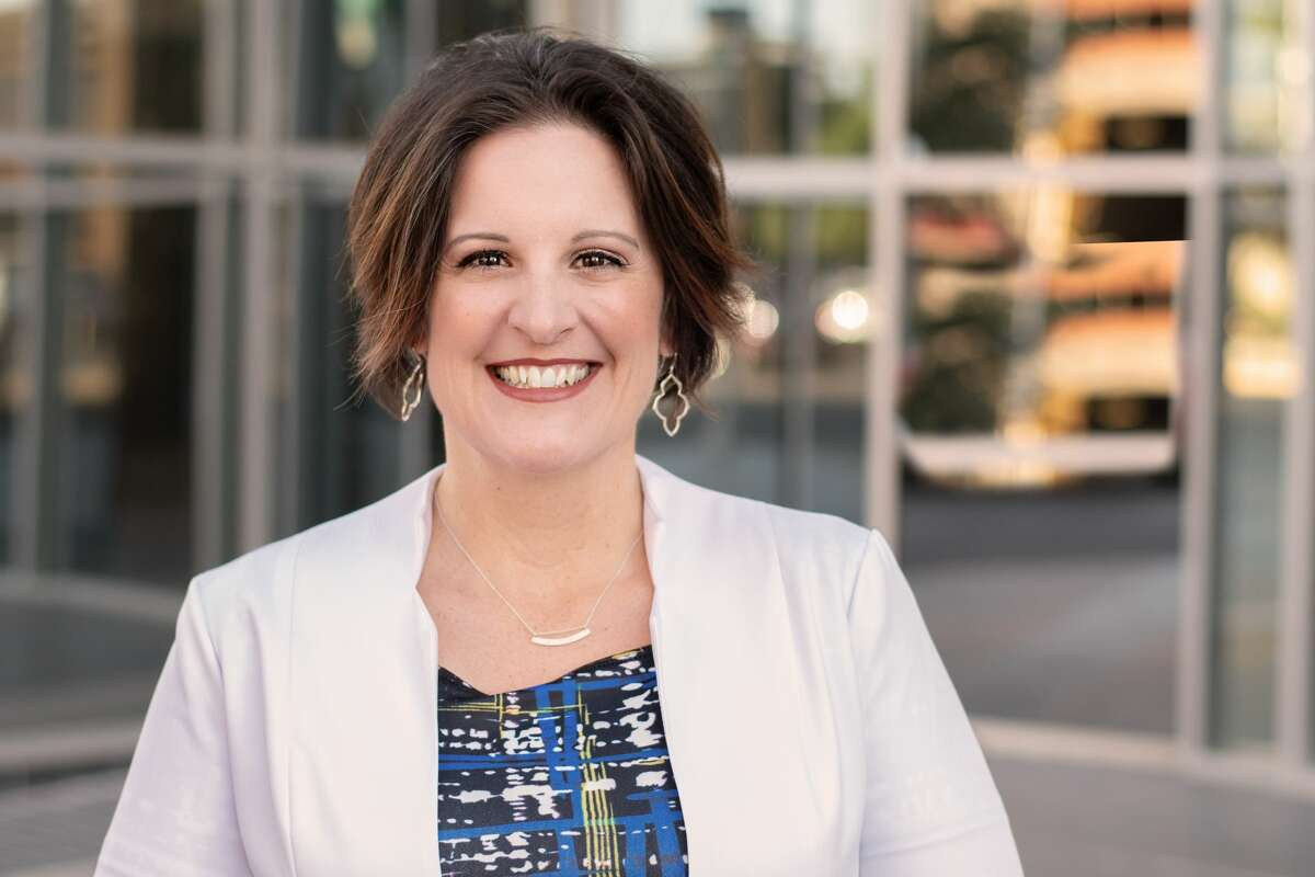 Heidi Kirk is English Department chair at Lee Freshman High School.