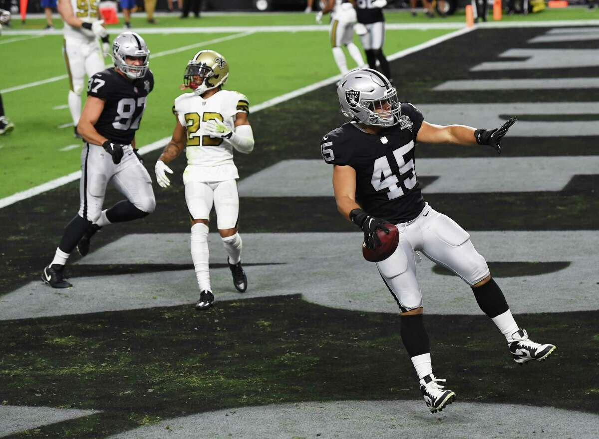 LAS VEGAS, NEVADA - SEPTEMBER 21: Fullback Alec Ingold #45 of the Las Vegas Raiders celebrates after scoring a touchdown against the New Orleans Saints during the first half of the NFL game at Allegiant Stadium on September 21, 2020 in Las Vegas, Nevada. (Photo by Ethan Miller/Getty Images)