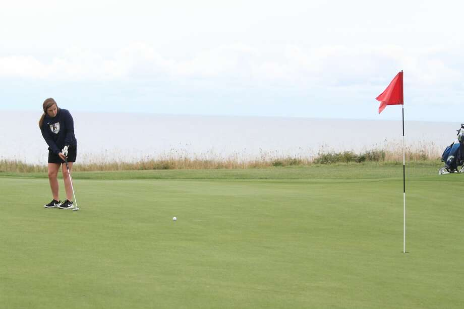 The MHSAA has adjusted the postseason format for girls golf this fall. Photo: News Advocate File Photo