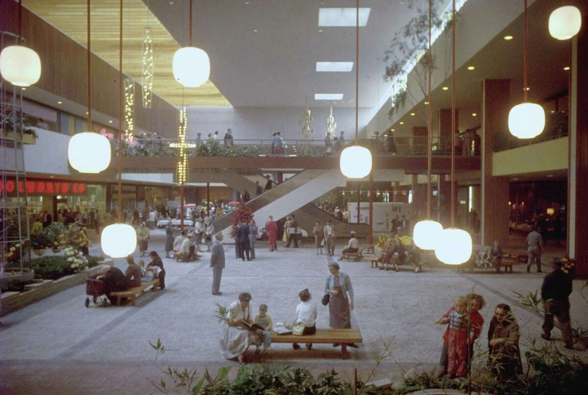 Shoppers in mid-century Minnesota explore the nation's first indoor shopping mall.
