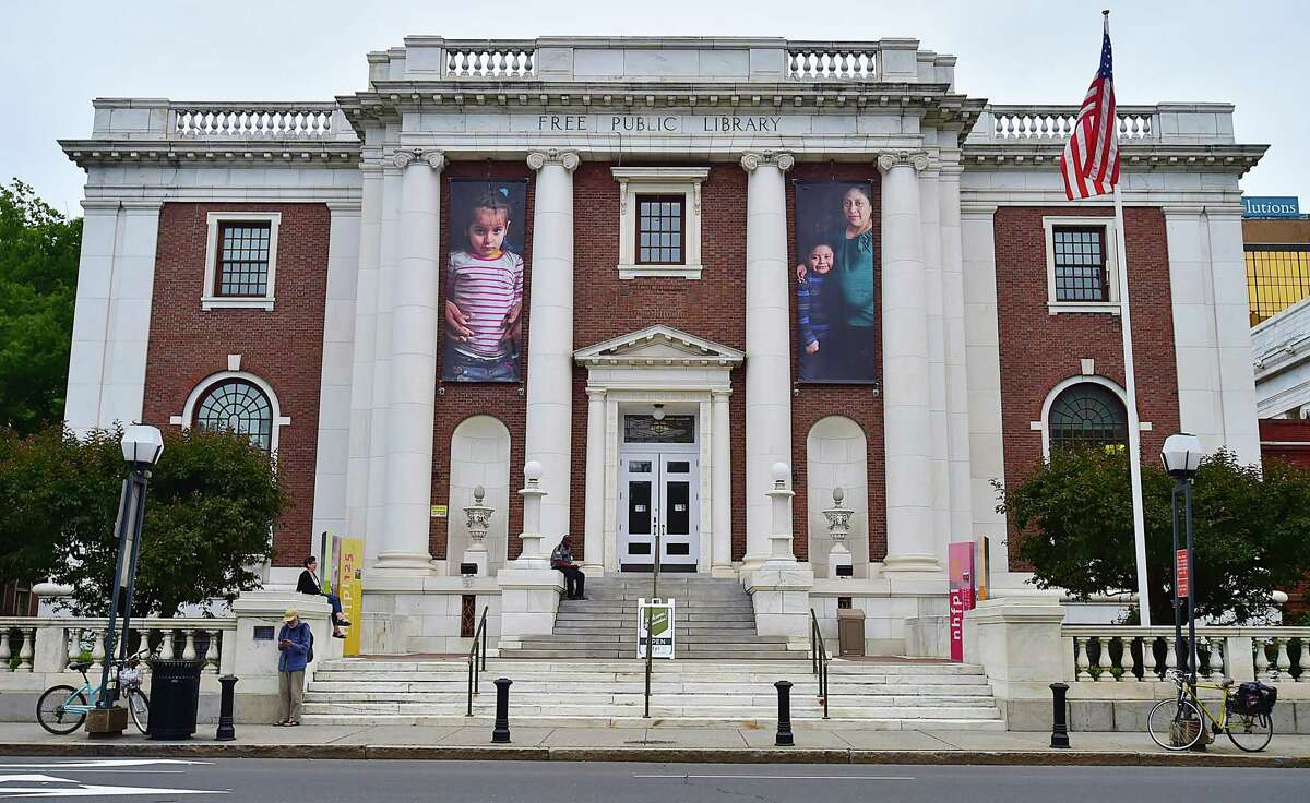 Images from the opening of Ives Squared at the New Haven Free Public Library on Elm Street,
