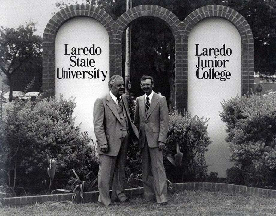 The 65th Legislature approves HB 944 (Hale/Truan), changing the University's name to Laredo State University and establishing the University System of South Texas. Governor Dolph Briscoe signs the name change bill into law. The University becomes Laredo State University effective September 1, 1977. Photo: Courtesy /TAMIU