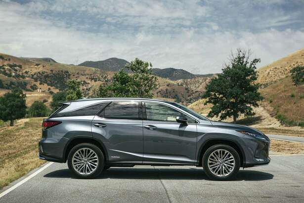 The 2020 Lexus RX 450h has a 31 mpg city, 28 mpg highway fuel economy.
