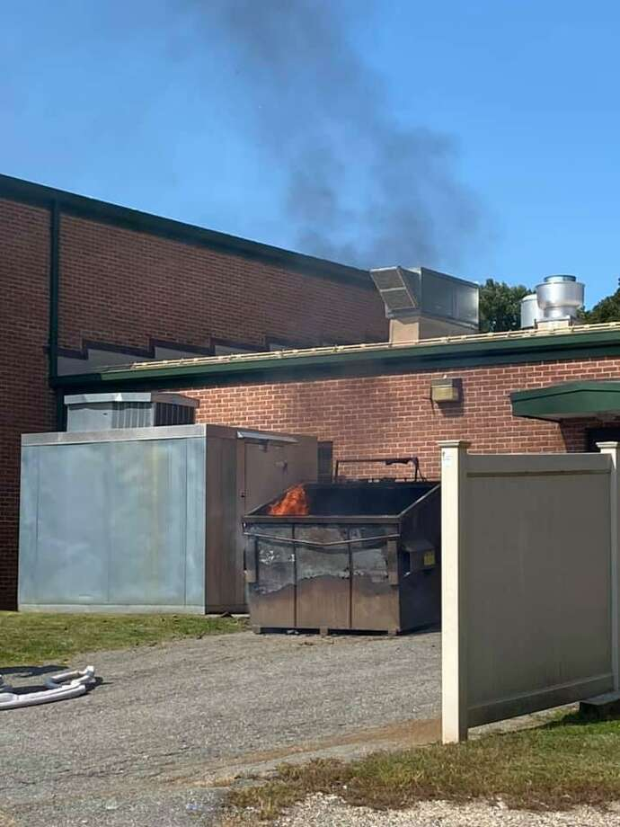 Scene of the dumpster fire at Huckleberry Hill Elementary School in Brookfield, Conn., on Sept. 21, 2020. Photo: Brookfield Volunteer Fire Company