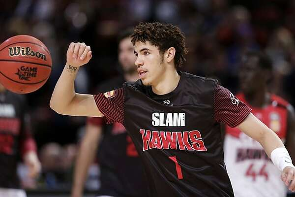 LaMelo Ball, shown above with the�Illawarra Hawks, could go as early as No. 1 in November's NBA draft.