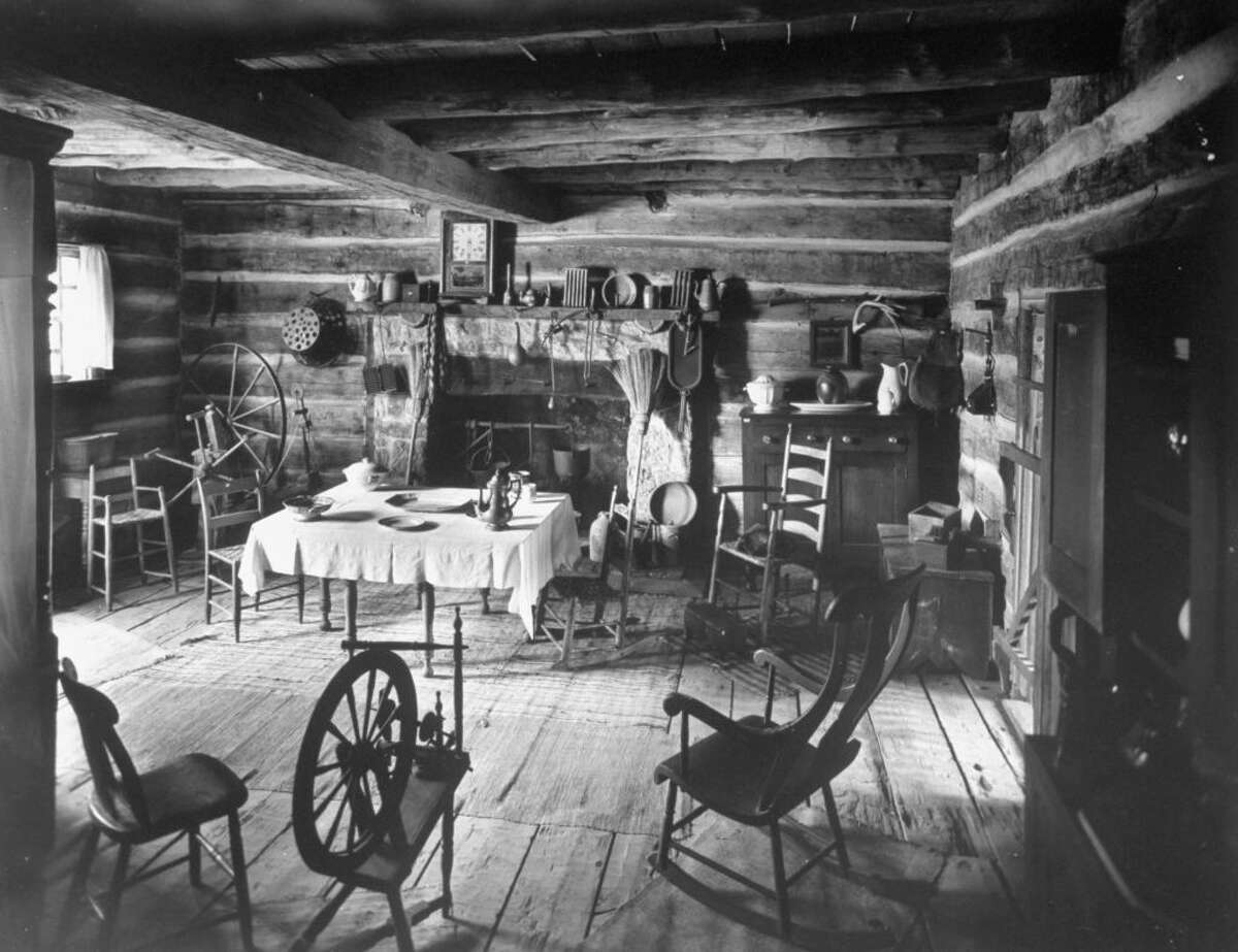 The tavern where Abrahma Lincoln is reported to have met and quickly fallen in love with Ann Rutledge.