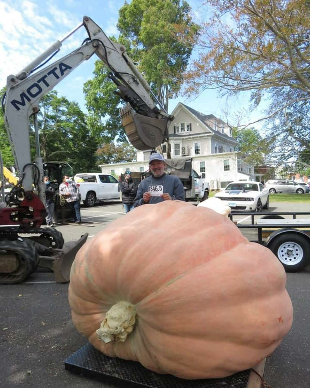 Steve Sperry's pumpkin weighing in at 1,846.5 lbs. came in second place.
