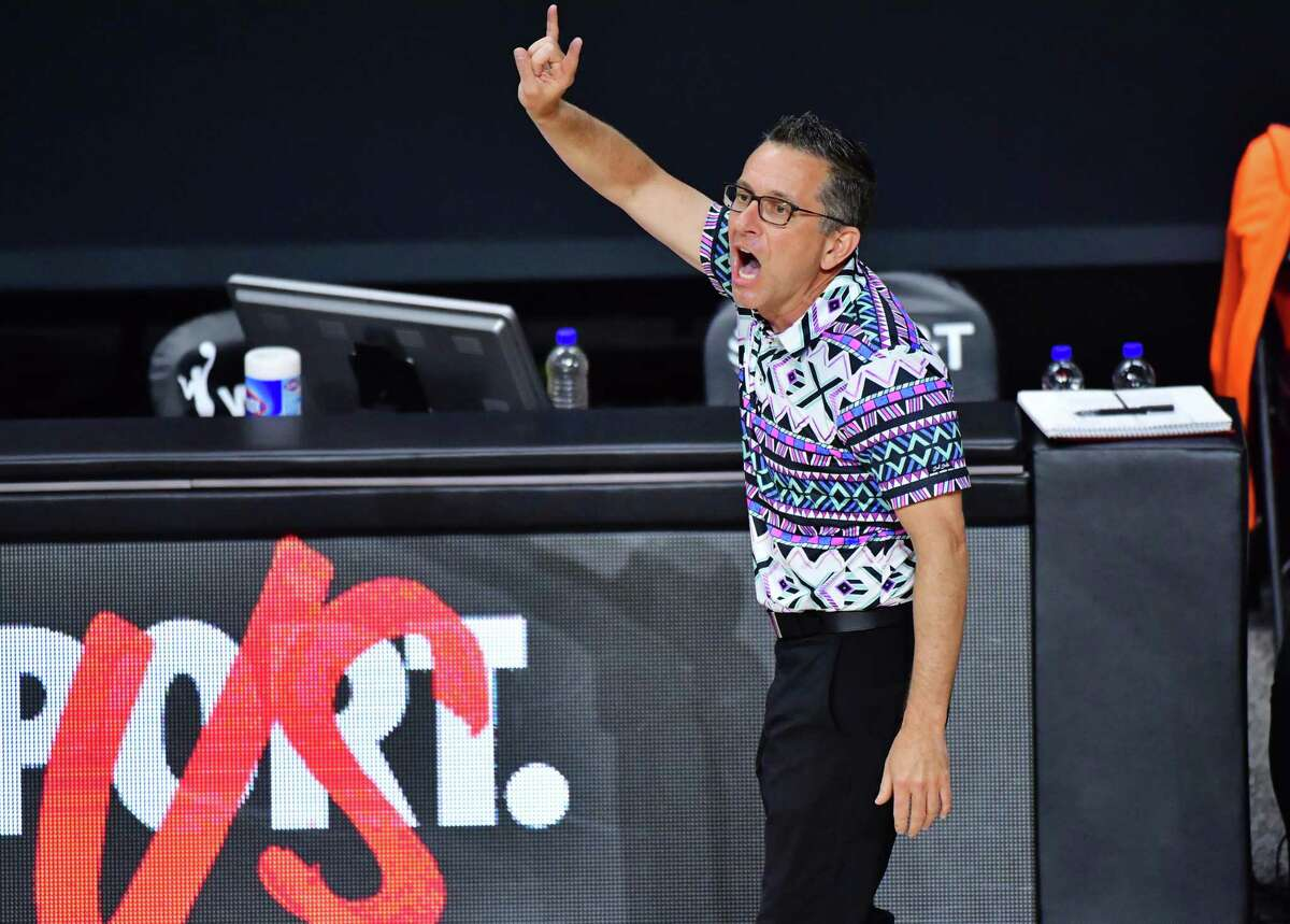 PALMETTO, FLORIDA - SEPTEMBER 22: Head coach Curt Miller of the Connecticut Sun gestures to his players during the first half of Game 2 of their Third Round playoffs against the Las Vegas Aces at Feld Entertainment Center on September 22, 2020 in Palmetto, Florida. NOTE TO USER: User expressly acknowledges and agrees that, by downloading and or using this photograph, User is consenting to the terms and conditions of the Getty Images License Agreement. (Photo by Julio Aguilar/Getty Images)