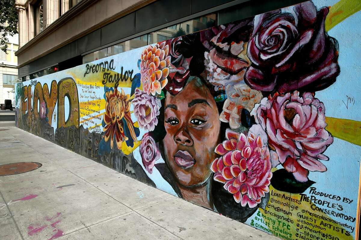 The People's Conservatory organized a mural in honor of Breonna Tyalor at Broadway and 15th Street in Oakland.