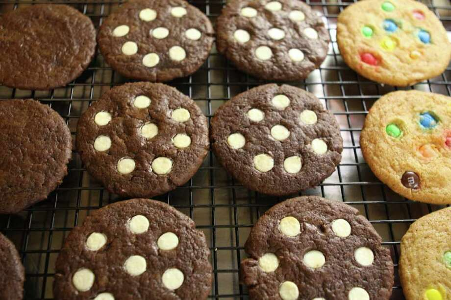 Who Wants a Cookie? If it?s a Saratoga Cookie Co. cookie, the answer is everyone. (Krishna Hill / life@home) Photo: Photos By Krishna Hill / Times Union/Life@Home magazine September 2010