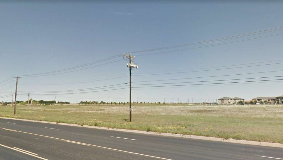 Summit Petroleum's plan for an office-retail development at 3201 and 3108 Mockingbird Lane moved forward with approval of a zone change request at Monday's Planning and Zoning Commission meeting.