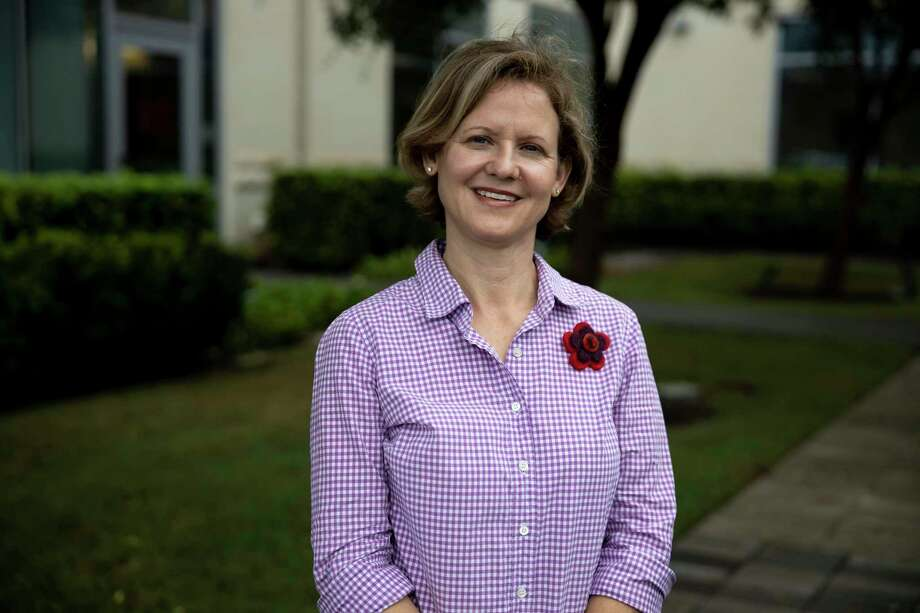 Tana Key poses for a portrait outside of Houston Methodist - The Woodlands, Wednesday, Sept. 23, 2020. Key is a breast cancer survivor and was the first person to have a ReSensation Procedure to reconstruct and innervate her breasts at the hospital. Photo: Gustavo Huerta, Houston Chronicle / Staff Photographer / 2020 © Houston Chronicle