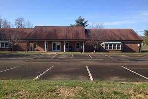 The Wallingford Board of Education has agreed to a new five year lease to keep its current central office operations at 100 South Turnpike Road.
