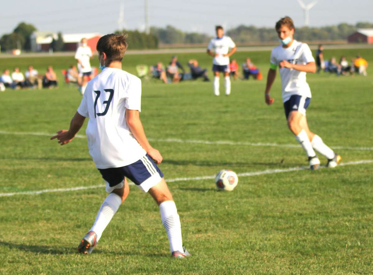 The Bad Axe boys soccer team took a step toward winning its second straight district title after beating the host Ithaca Yellowjackets 8-0 on Monday afternoon in the District 61 opener.