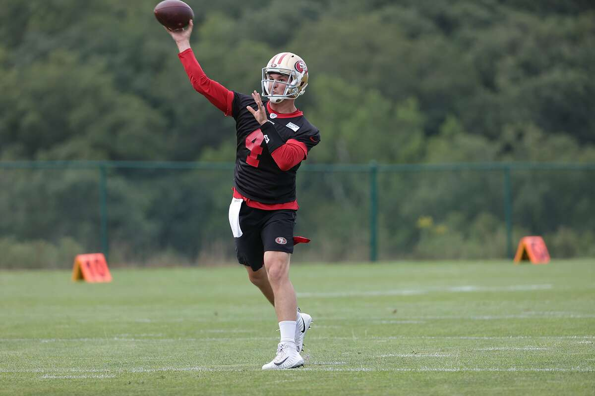 49ers quarterback Nick Mullens, shown at a team practice in White Sulphur Springs, W.Va., will start against the Giants.