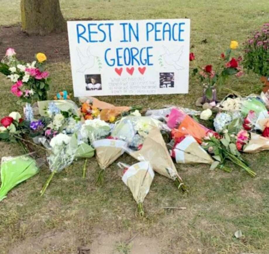 A memorial at Wilton High School honors junior George DiRocco who died Monday, Sept. 21, 2020. Photo: Sydney Rueter Photo