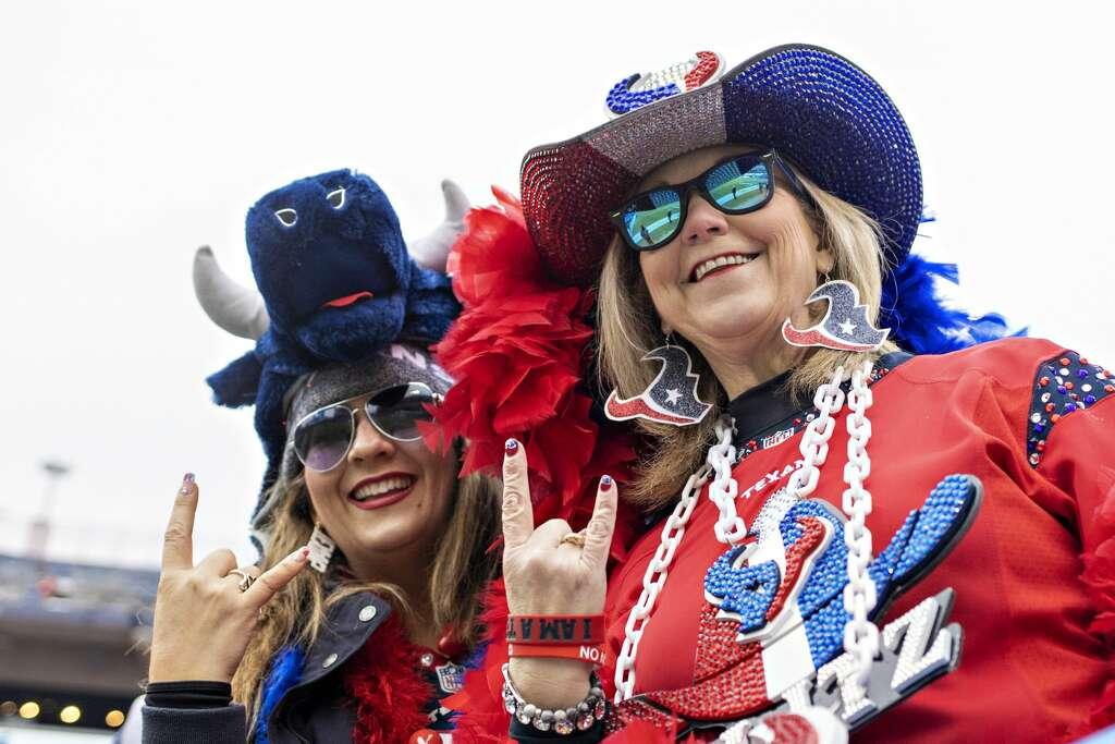 Women love Texans football and feminine fan gear to boot!