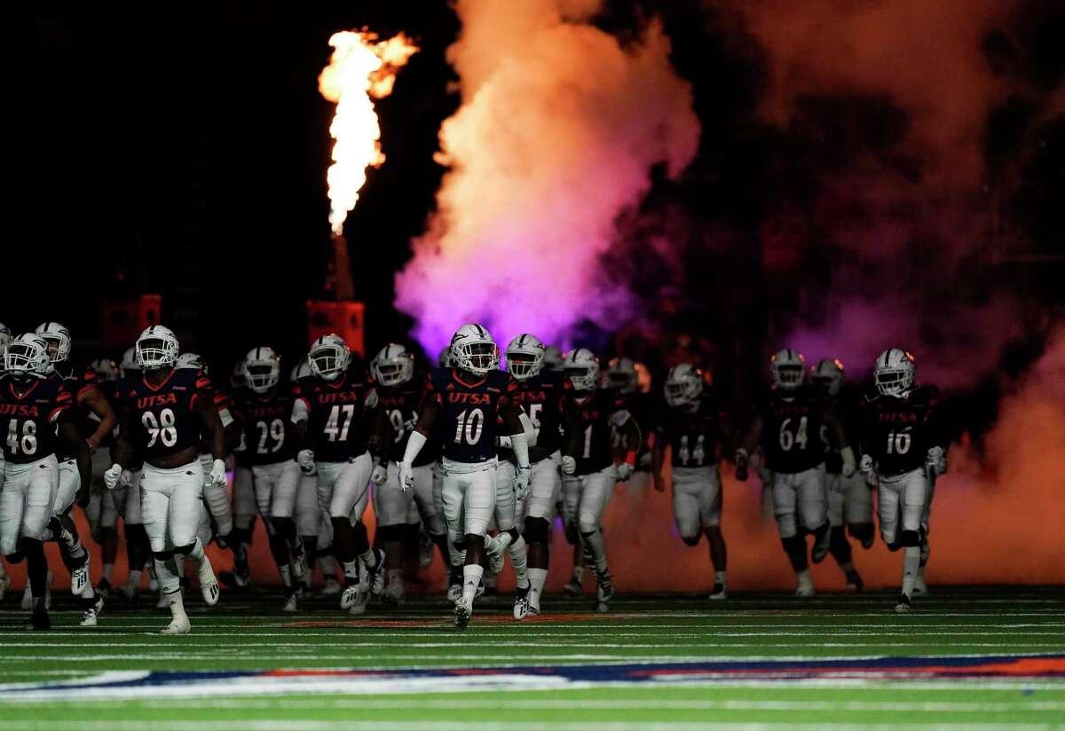 UTSA players take the field before an NCAA college football game against Stephen F. Austin, Saturday, Sept. 19, 2020, in San Antonio. (AP Photo/Eric Gay)