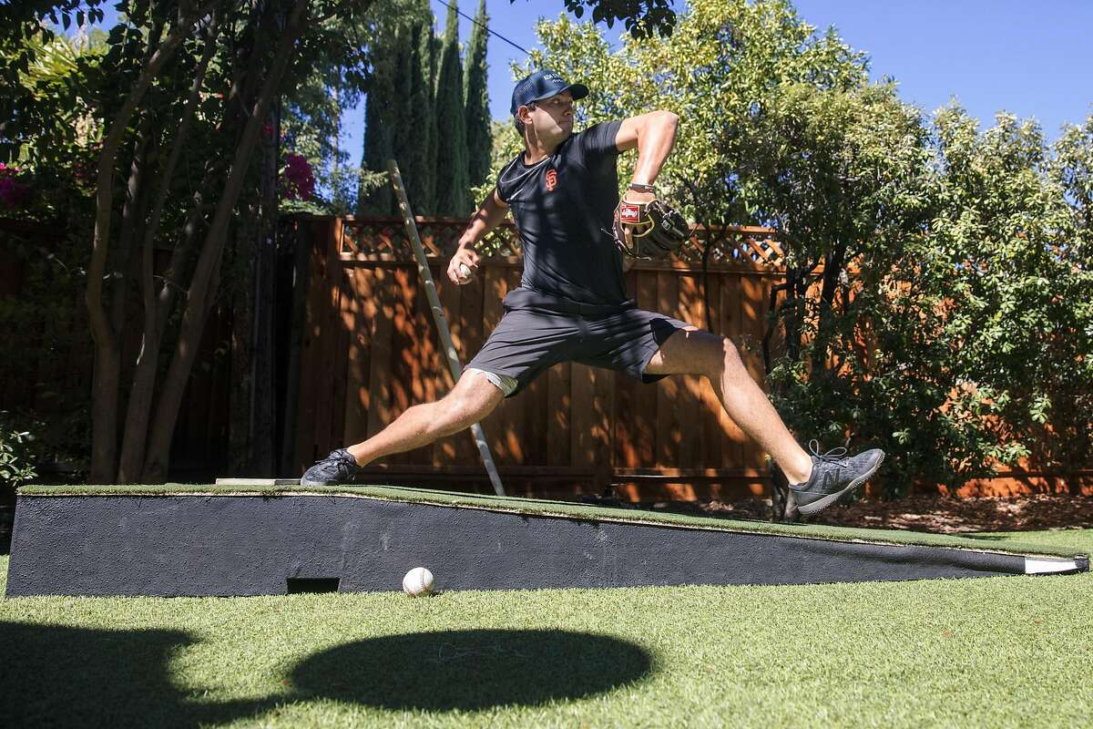 San Francisco Giants minor league pitcher Kanoa Pagán throws a session in Campbell, Calif., on September 22, 2020.